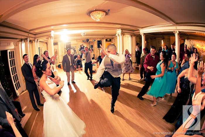 Sacramento Wedding DJ at Grand Island Mansion.  Photography by Chris Shepard Photography